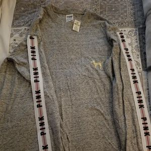 VS Pink Campus Long Sleeve Tee